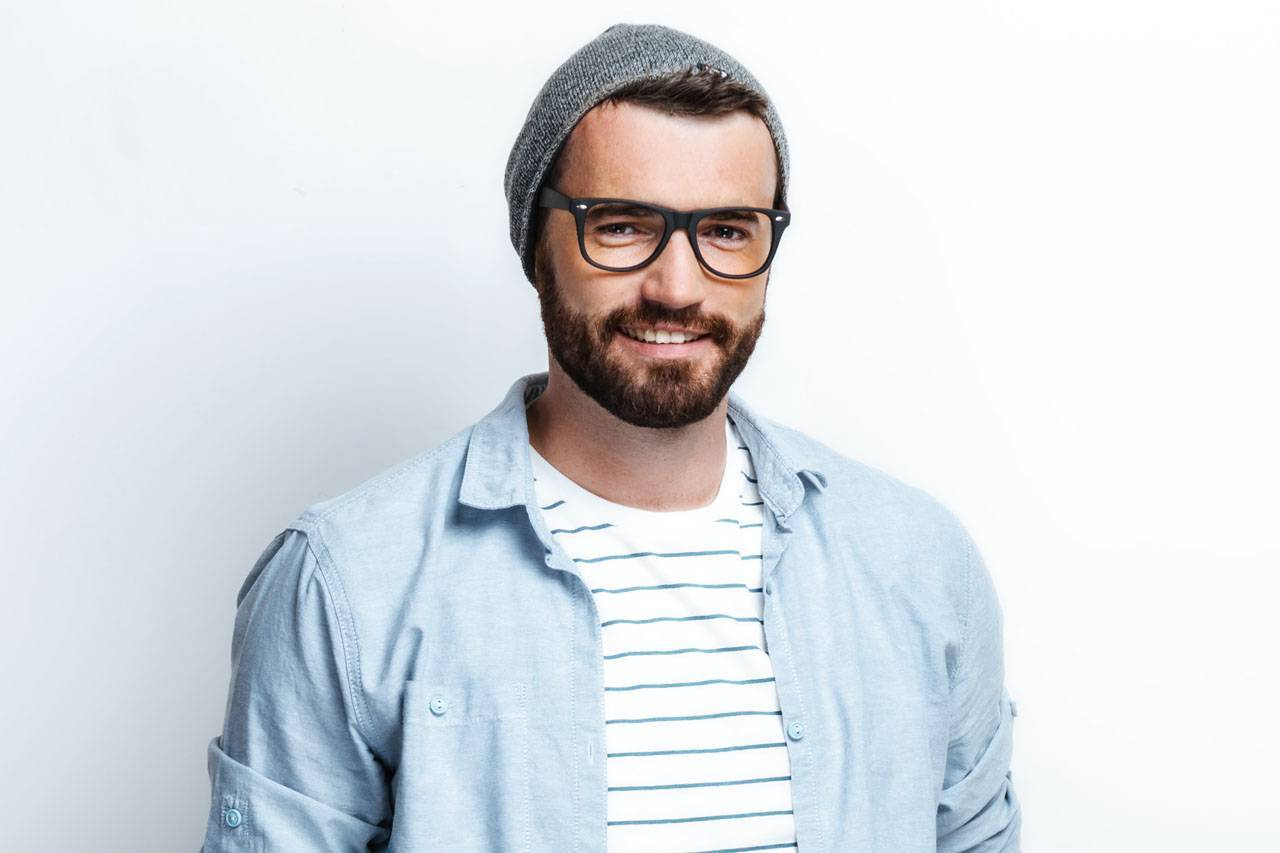glasses american man 20s hipster